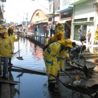 Special: Jahrhundertflut am Amazonas 2012