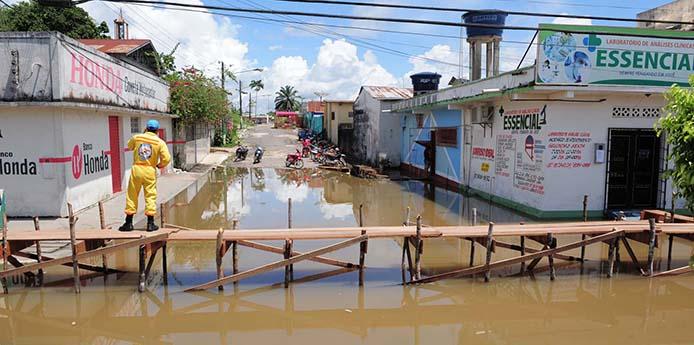 26/04/2015- Tabatinga- AM - Hochwasser am Rio Solimões. Foto: Roberto Carlos Mendes/ Secom
