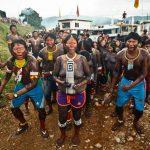 Indios des Amazonas-Regenwaldes haben Brasiliens Präsident Kampf angesagt
